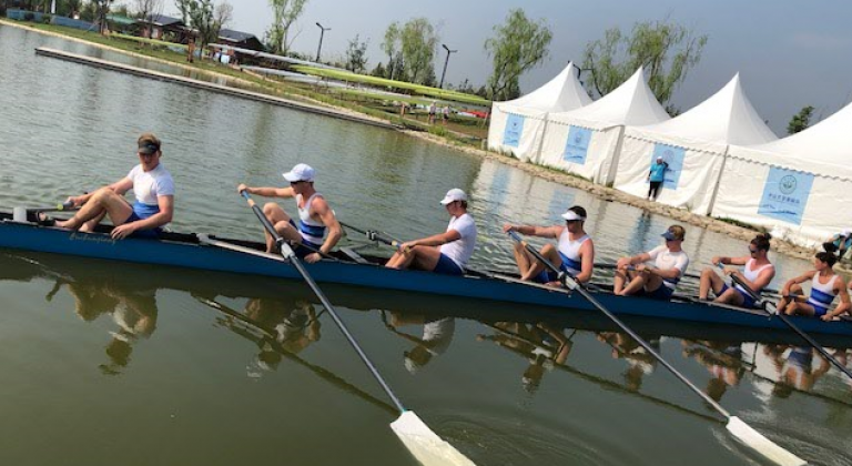 8 scull-rowing