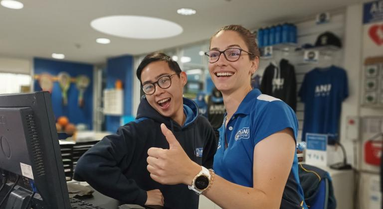 Marine & Kazi, Customer Service Officers